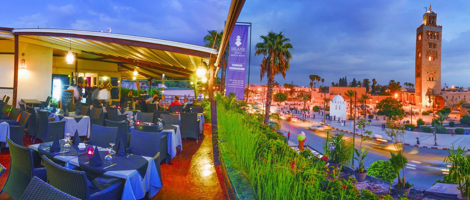 Une nuit pour 2 adultes+1enfant (-12ans) avec Pdj à Hotel Islane Marrakech Face à La Place De Jamaa Lefna seulement à 379dh!!!