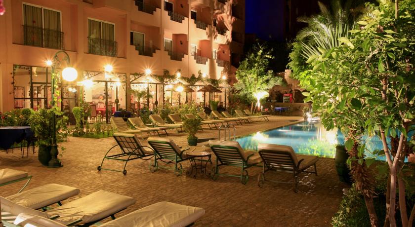 Une nuit pour 2 adultes + 2 enfants (-12ans) dans une chambre double en PC à Hotel Imperial Holiday seulement à 884dh!!!