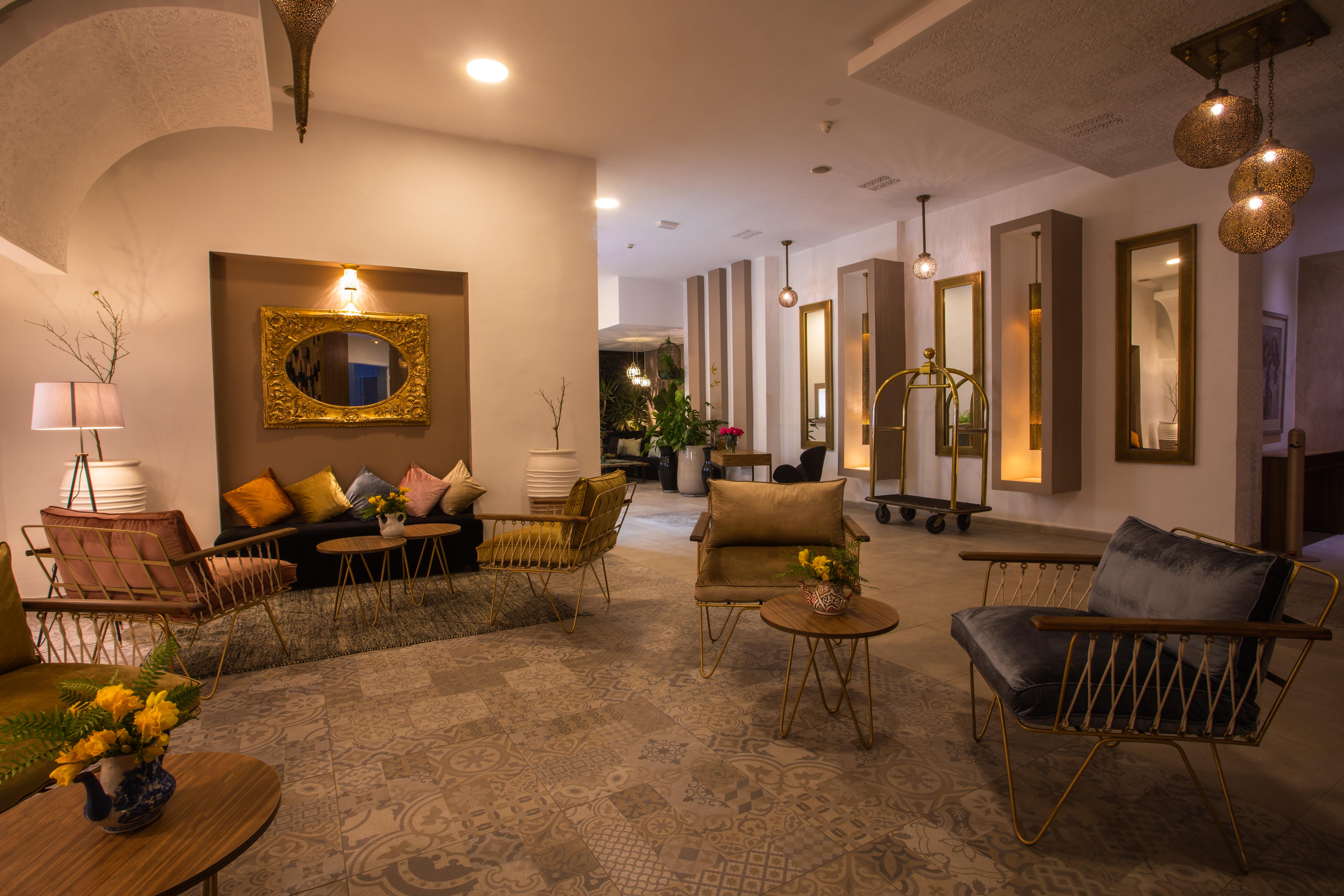 Boutique hôtel 4* de luxe à Marrakech pour une nuit en chambre double luxueuse au Dellarosa Suites & Spa seulement à 599 DH!